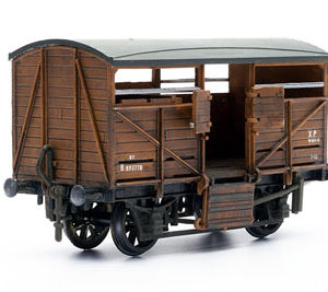 C039 Cattle wagon Dapol