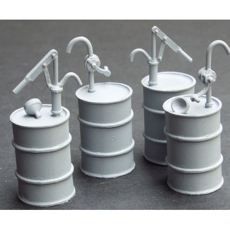 smra62-4-oil-drums-with-hand-pumps